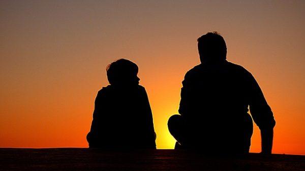 Az atyai pofonról. Lehet, hogy inkább apa hiányzik és nem a pofonja?