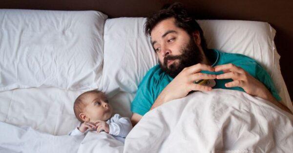 Az apasági szabadság sokkal több, mint részvétel a baba gondozásában